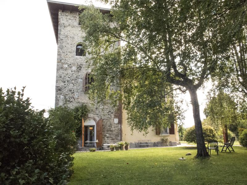 EXPO SPECIAL STAY: ROMANTIC TOWER, vakantiewoning in Province of Varese