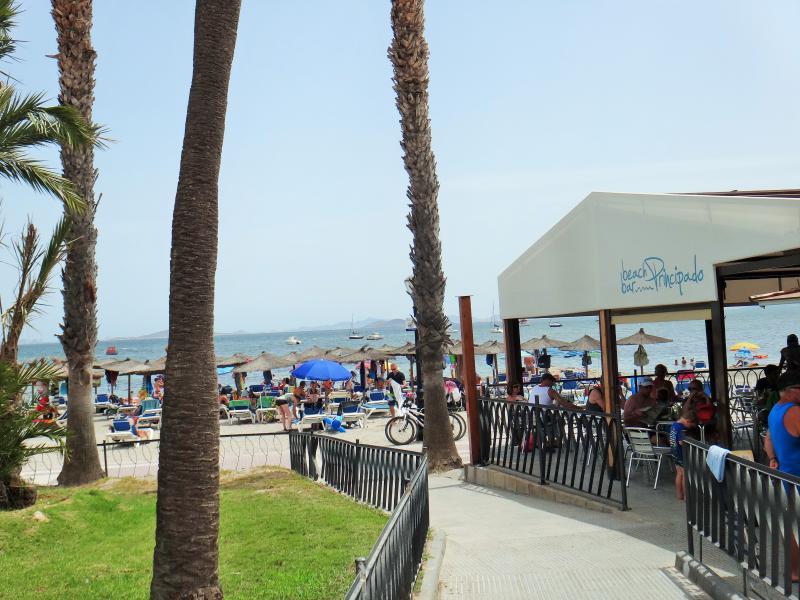 Beach bar principado.