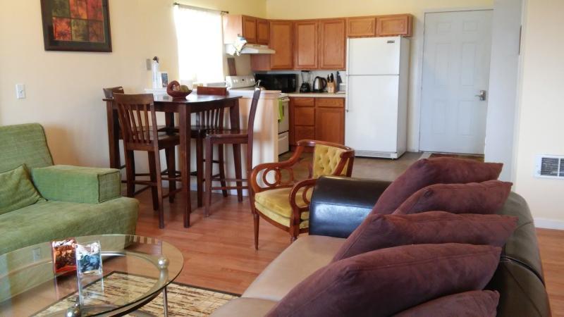 Hilltop Vista Retreat Hot Springs, MT-3 Bed 2 Bath, holiday rental in Hot Springs