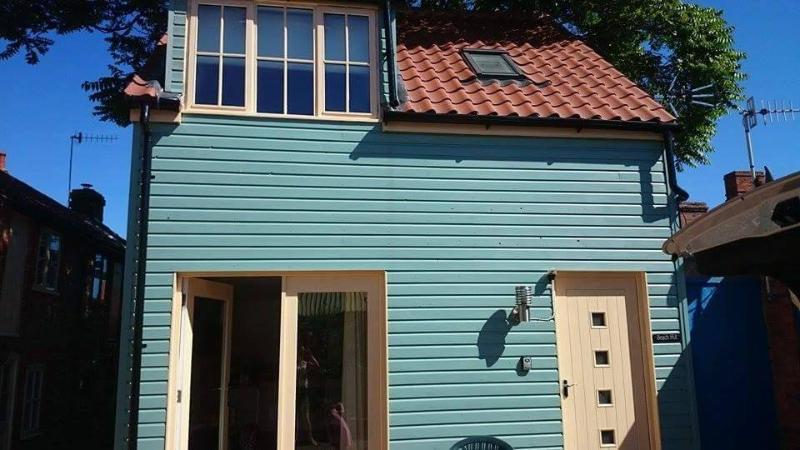 beach hut sheringham