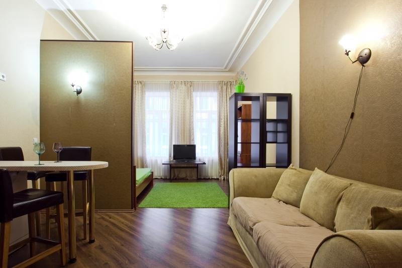 The apartment in 10 min from Nevsky, holiday rental in St. Petersburg