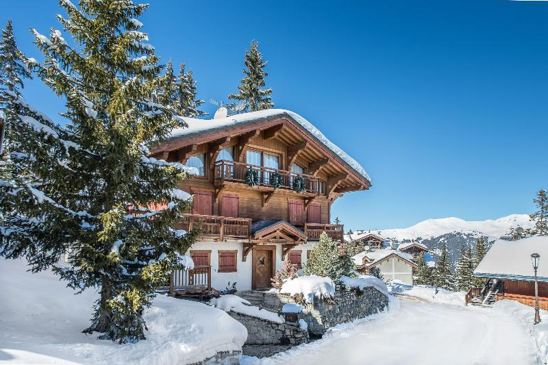 Chalet Giles Chalet in Courchevel