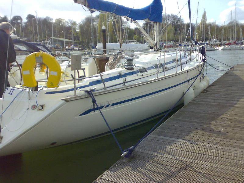 8 berth bavaria 350.  37.6ft in length.  fully coded. Berthed Port Hamble.  Fabby bars and eateries