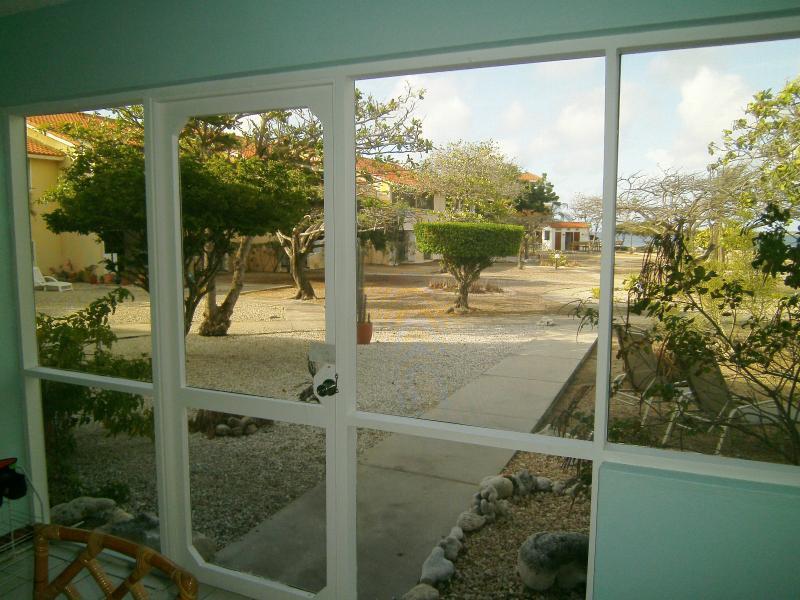 Oceanfront Condo, Newly Renovated, Sand Dollar Resort (B7), Bonaire