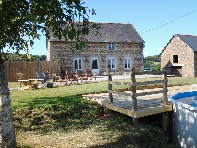 La Maison du Normandie patio area
