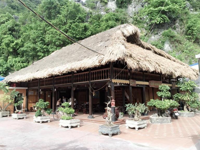 VUBINH CATBA STILTHOUSE, holiday rental in Hai Phong