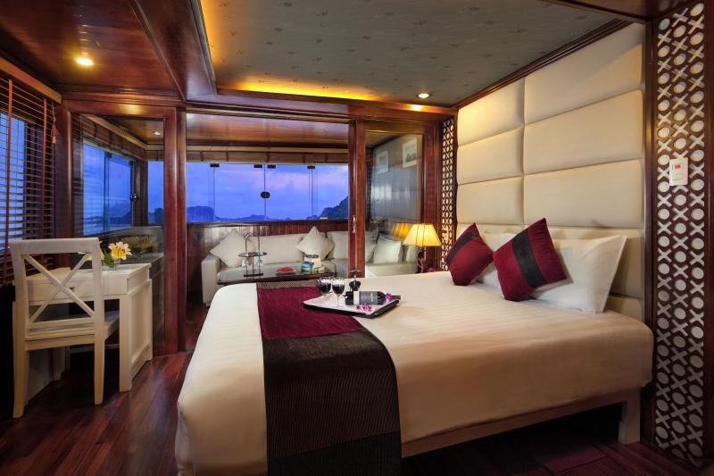 Halong Paloma Cruise, vacation rental in Halong Bay