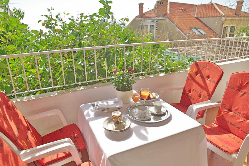 Apartment DoraMia, vacation rental in Dubrovnik
