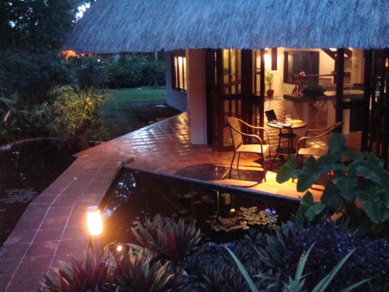 ISLAND GETAWAY ALA ALA, vacation rental in Malay