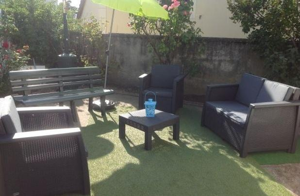 Beau studio avec jardin privé, holiday rental in La Defense