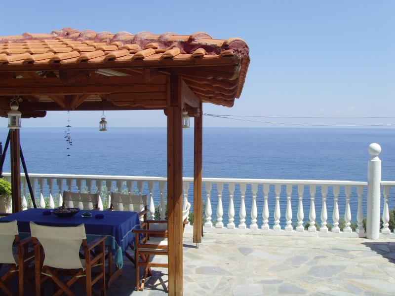 At The Foot Of Mount Olympus In Greece, holiday rental in Platamon