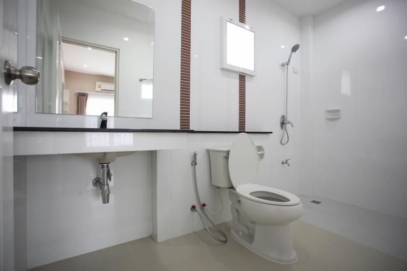 Restroom second floor
