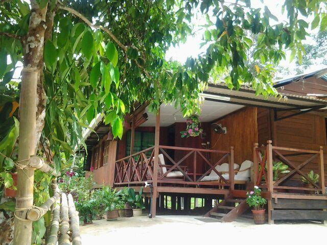 RABAK VILLAGESTAY, PEACEFUL AND MEMORABLE PLACE., holiday rental in Kuching