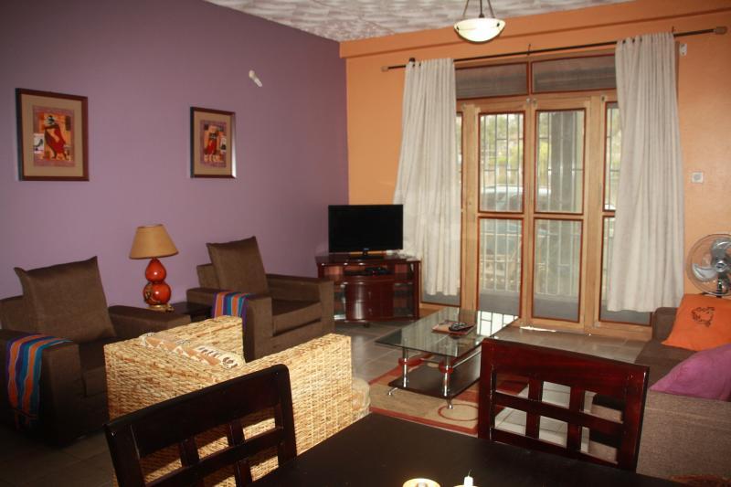 WELO APARTMENT-3BR/ 2 BATH, vacation rental in Kampala