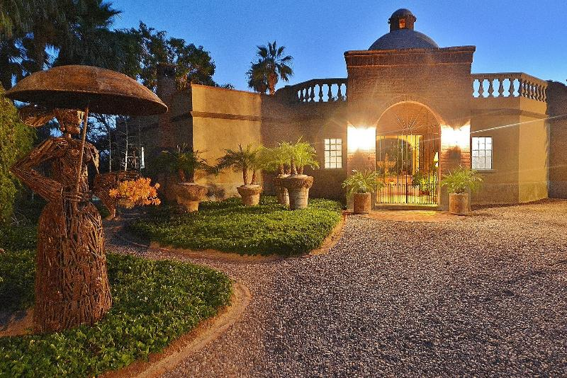 LA HACIENDA...Checkout the West Wing & Pool House &Upstairs Studio