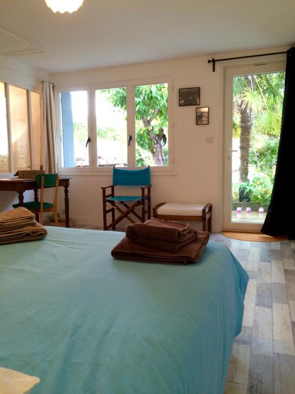 Bedroom 3: opens on garden
