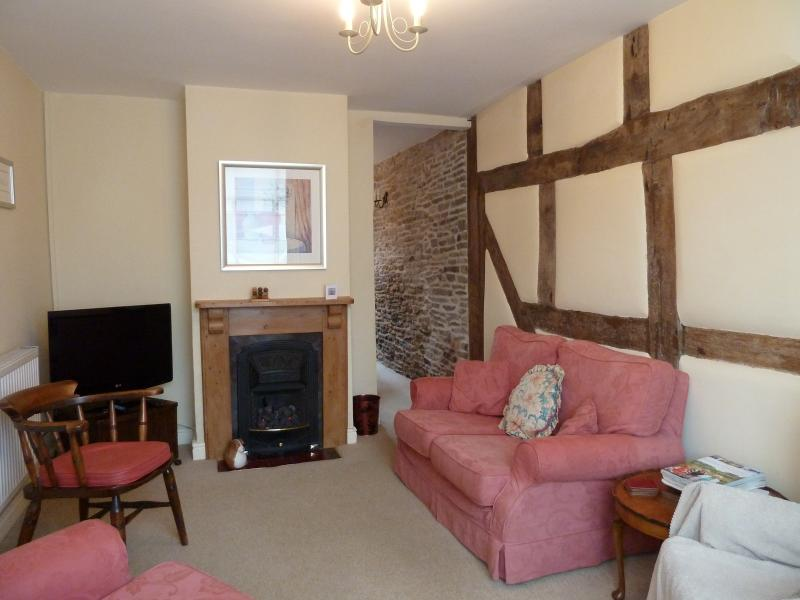 Lounge with 17th Century beams