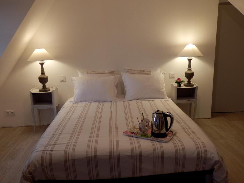 Au Presbytère de Dagmar, chambre Priscille, vacation rental in Val-d'Ize