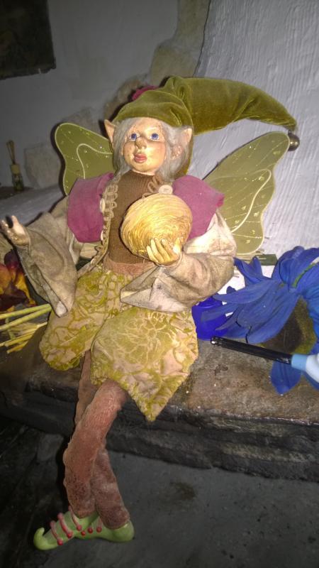 Tutti gli elfi adorano la bellezza e l'arte racchiusa nella natura come creazione della Grande Madre