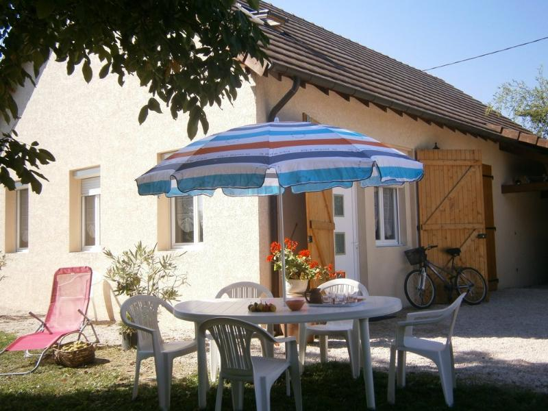 Le gîte du Randonneur en BOURGOGNE DU SUD, holiday rental in Saint-Germain-du-Plain