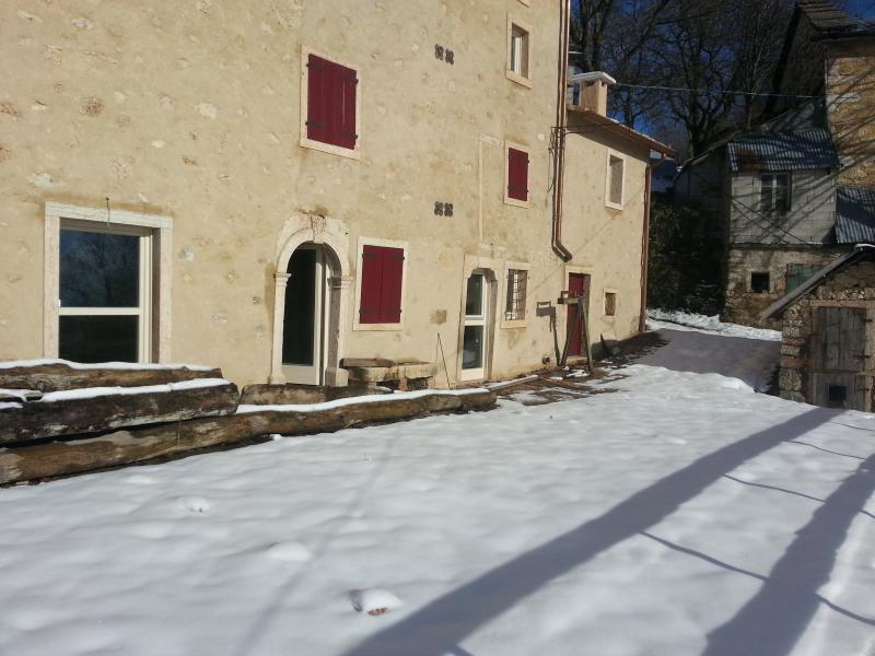 abitazione in pietra del 1600, holiday rental in Rovere Veronese