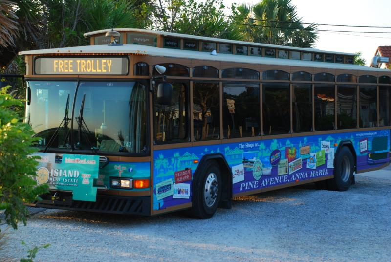 Free Trolley Bus around the Island