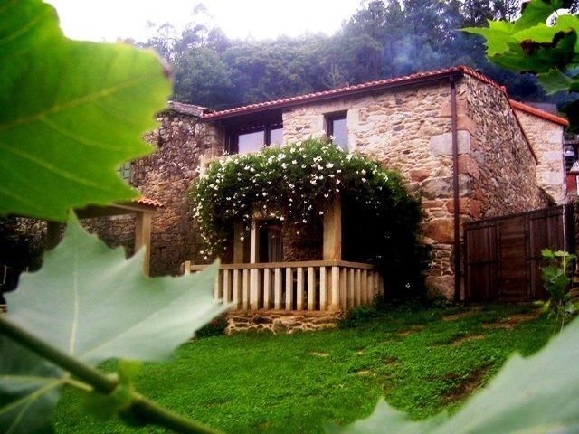 Casa de 80 m2 para 4 personas en Mazaricos, holiday rental in Outes