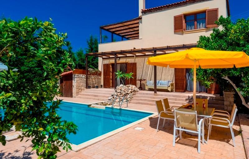 Villa Sandra - Pool area