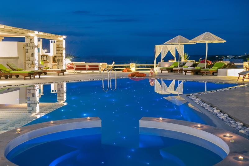 Blue mare Villas-Villa Ammos, location de vacances à Naoussa