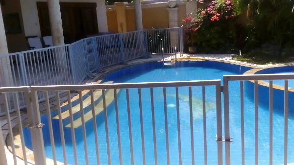 we can arrange to have a pool fence instaled . or any other baby gear that may be needed