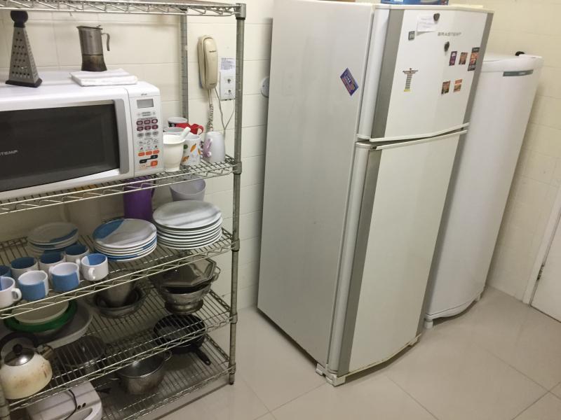 Kitchen / 2 refrigerators