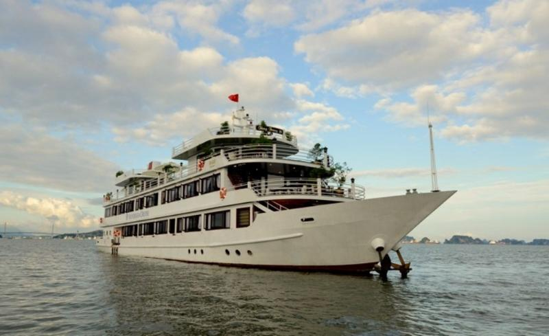 Silversea Halong Cruise, holiday rental in Hanoi