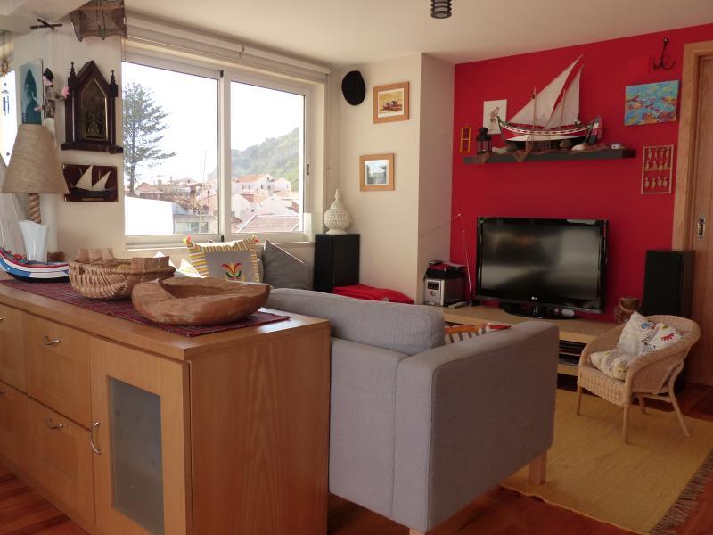 Open Space: vista da cozinha para a sala de estar