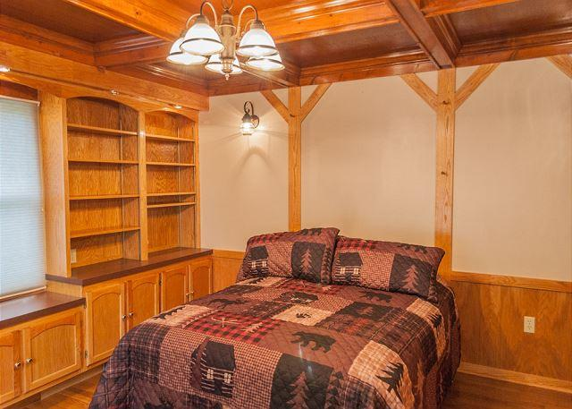 1st Floor Bedroom.. Gorgeous Wood Accents
