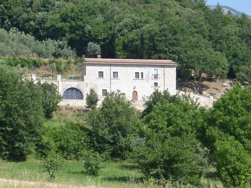 Antico Casolare Ceselenardi, holiday rental in San Salvatore Telesino
