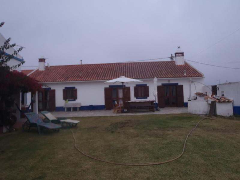 Cottage in Longueira/Almograve, Odemira, vacation rental in Odemira