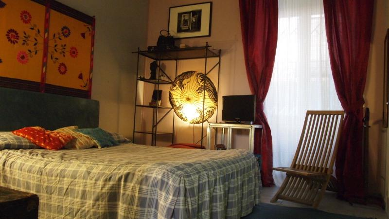 double bedroom with tv and wi fi network open