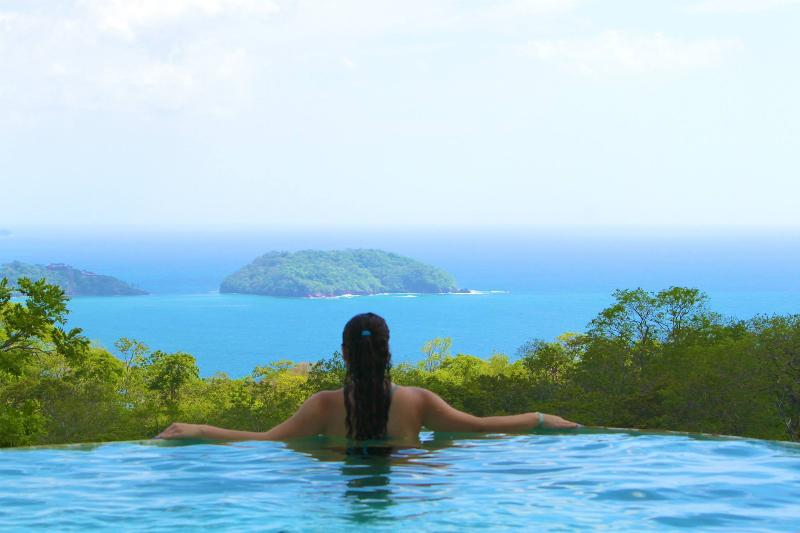 Jaw dropping views from the private infinity pool.