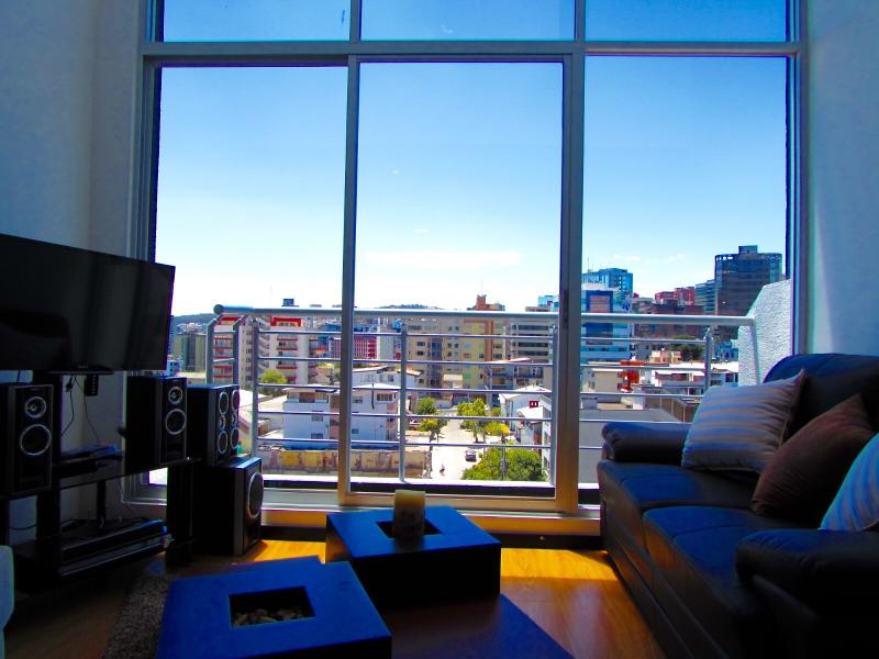 Charming luxury Loft (Foch sector), vakantiewoning in Quito