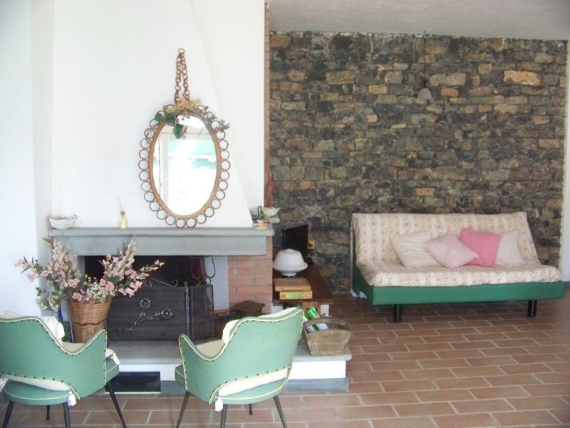 Basement rental in Arcola, Ferienwohnung in Arcola