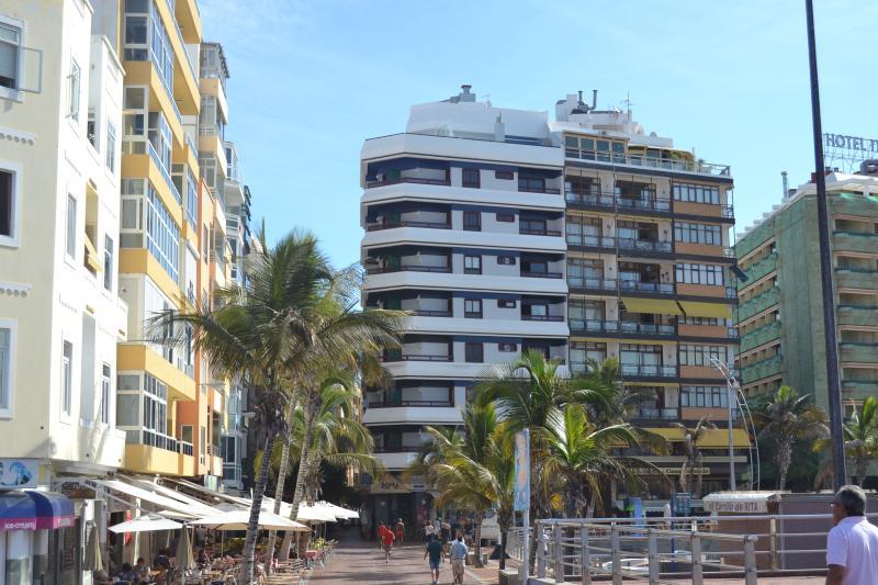 y en primera linea de playa, aluguéis de temporada em Las Palmas de Gran Canaria