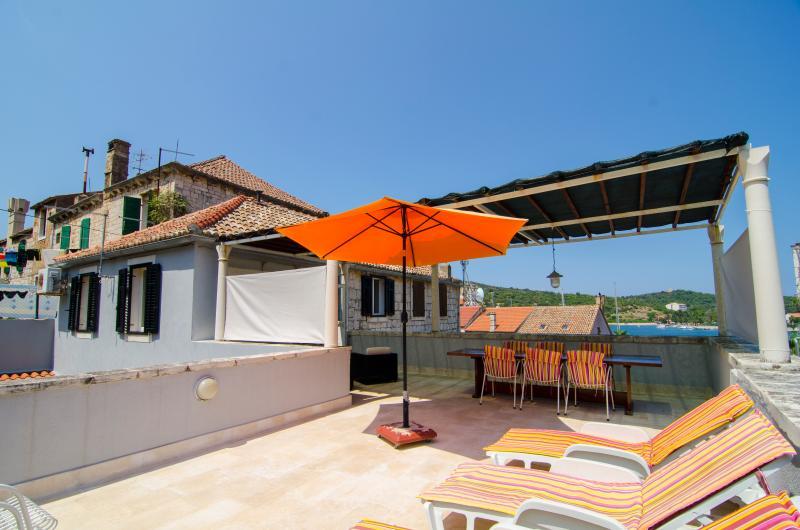 Villa Limuna, holiday rental in Vis