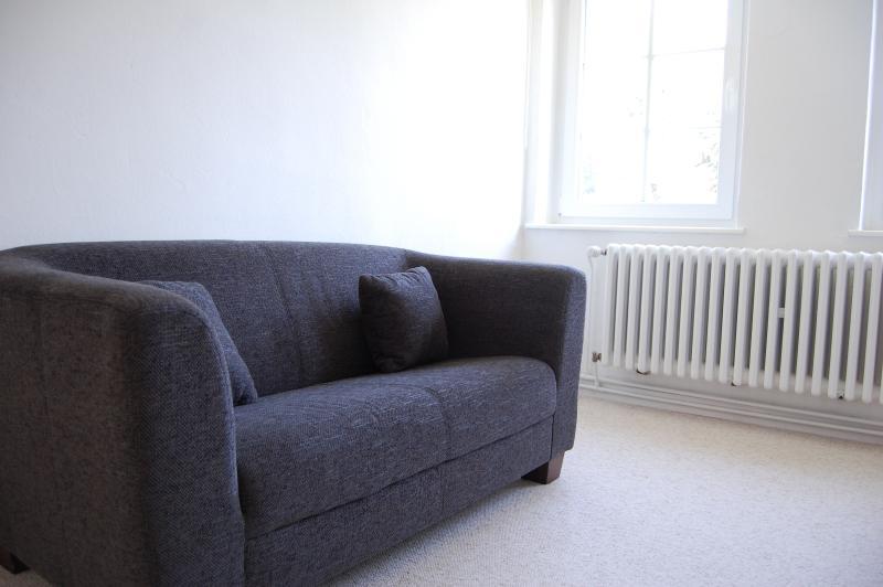 petit canapé en chambre double