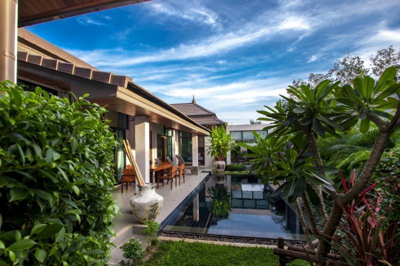 EMOTION1-Superb and Pristine 3BR Pool Villa, holiday rental in Ban Trisuk