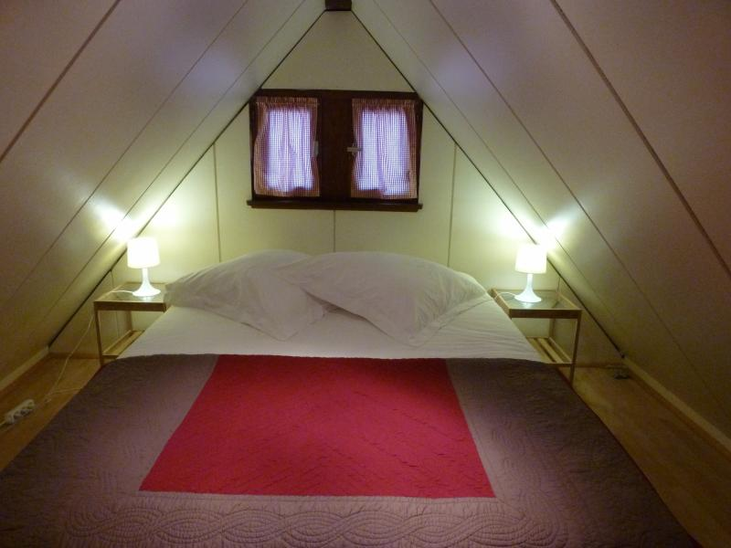 The attic of sleeping with her double bed and his bz 1 place.