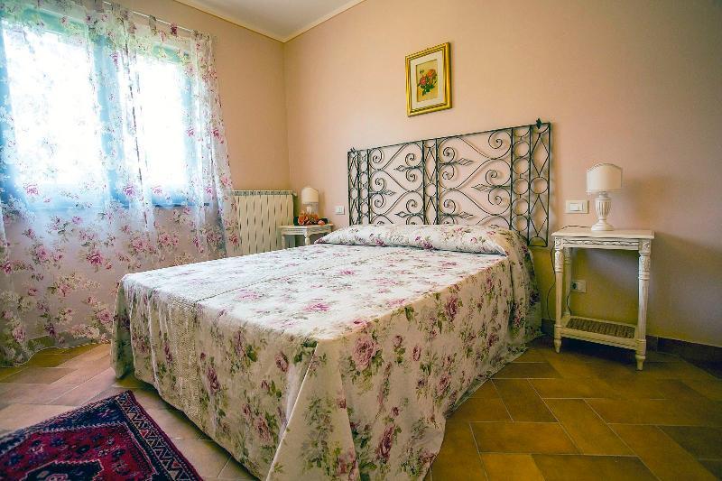 APPARTAMENTO ROSE, location de vacances à Macerino