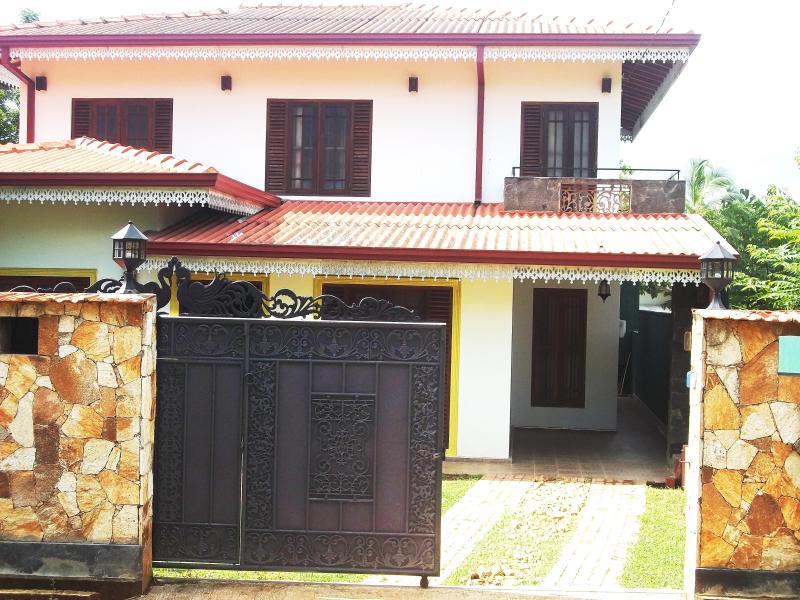 Villa Nimsha, holiday rental in Baddegama