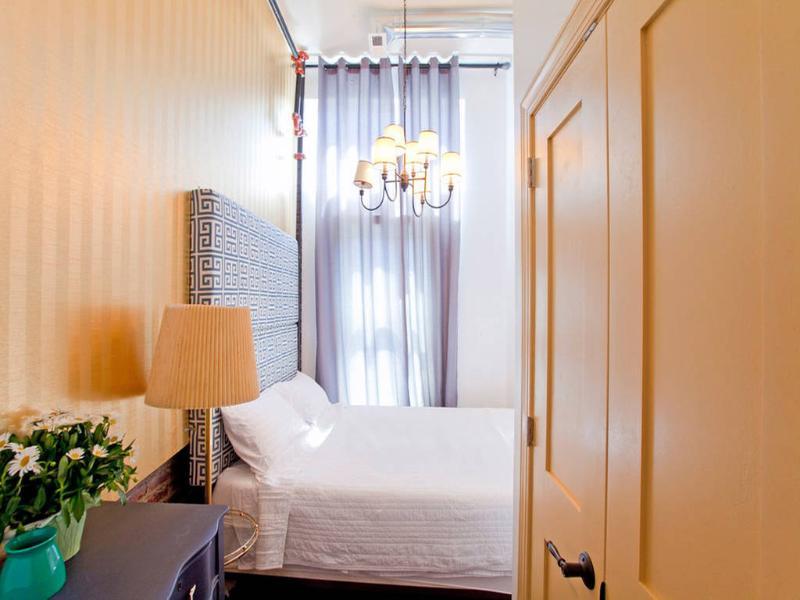 Deuxième chambre à coucher (délicieuse Reine Tempurpedic matelas)