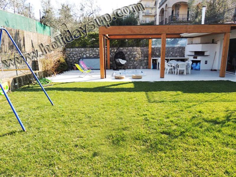 Garden and patio relax at casa giumar apartment with hydromassage hot tub sorrentobook holidays vrbo