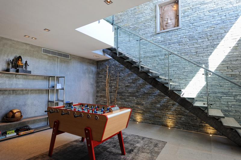 second living and play room with table football